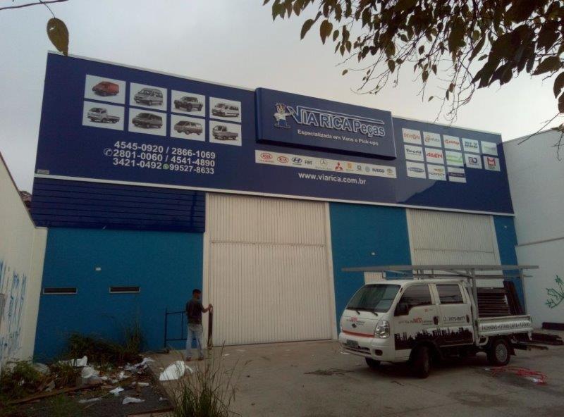 Empresa que faz fachada de loja