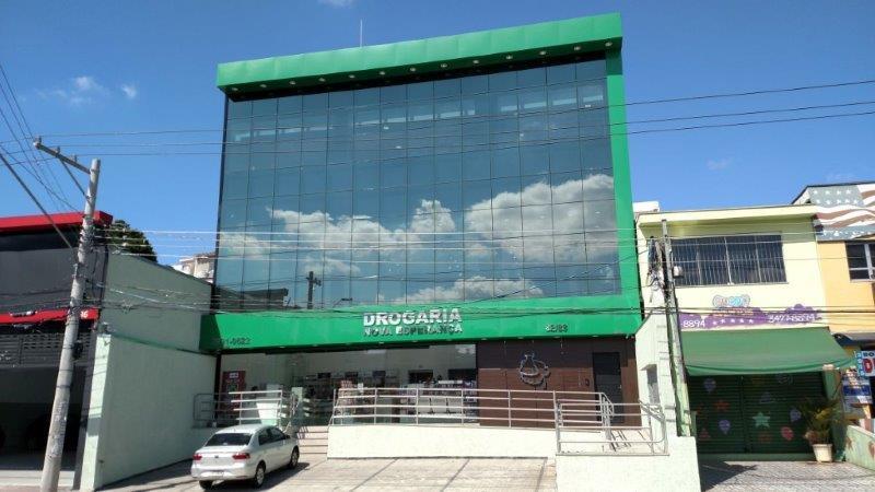 Empresa que faz fachada de vidro